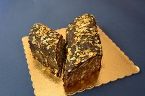 Κορμός με μπισκότα (το αγαπημένο ρολό-σαλάμι)